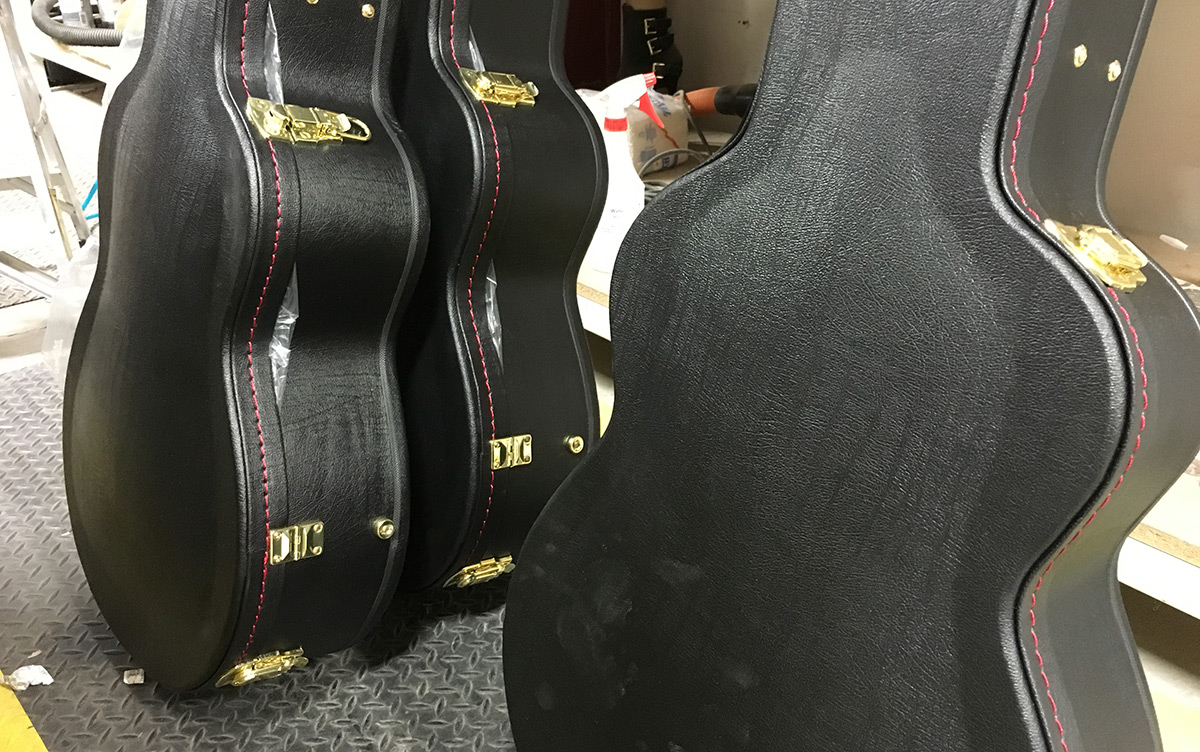 Selecting The Right Acoustic Guitar Case Gig Bag Vs Hard Case